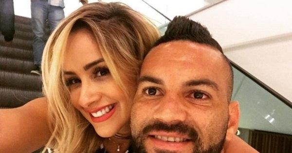 Goleiro do Atlético-PR recebe declaração apaixonada de namorada ...