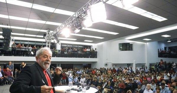 Lava Jato fecha cerco a entorno de Lula - Notícias - R7 Brasil