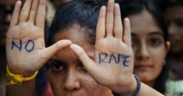 Onda de estupros de crianças provoca revolta na Índia - Notícias ...
