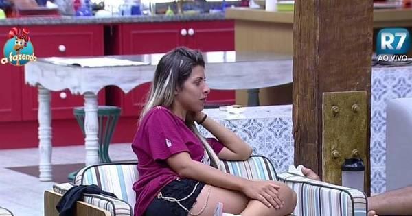 """Ana Paula alfineta peões: """"Tem gente que não tem comprometimento"""""""