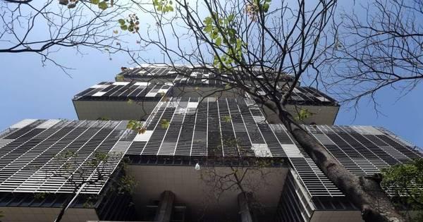 CPI da Petrobras poupa políticos e quer mudar delação premiada ...