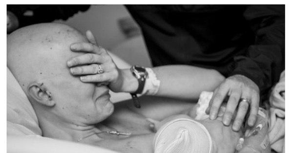 Emocionante! Mulher com câncer no seio amamenta seu filho pela ...