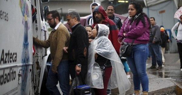 Furacão Patricia atinge costa do México e provoca caos, mas dano ...
