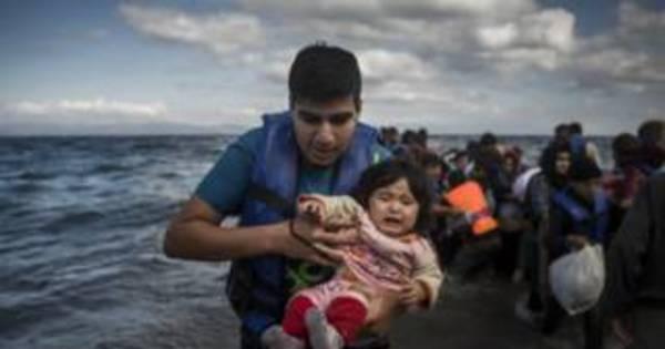 Mais de 200 mil imigrantes chegaram à União Europeia pelo ...
