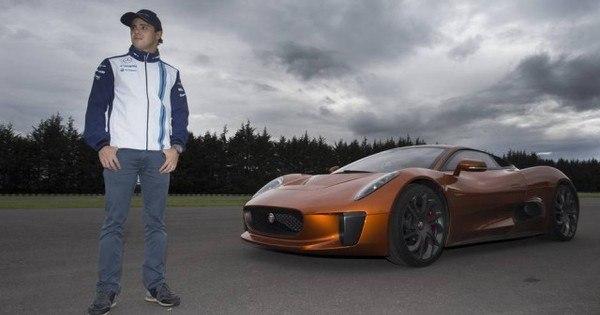 Massa abandona Ferrari e ostenta carrão do novo filme da saga 007
