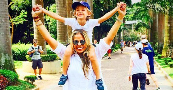 """Adriane Galisteu conta que Vittorio não quer ter irmãos: """"Sabe que ..."""