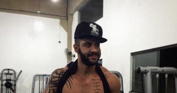 Gusttavo Lima aparece sem camisa após treino - Entretenimento ...