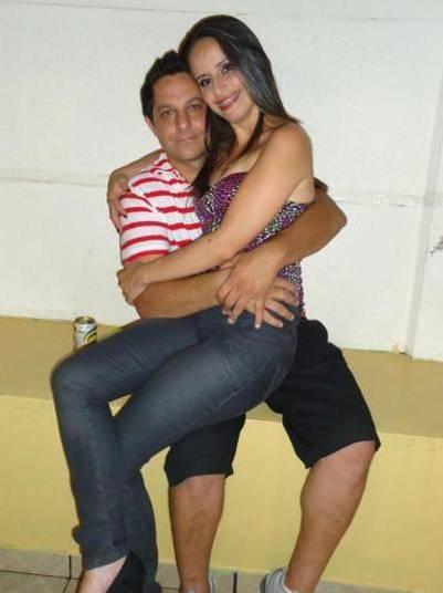 A comissária de bordo Michelli Nogueira Arrabal foi encontrada morta dentro de uma mala na rodovia Dom Pedro I, km 50, sentido Igaratá, em Nazaré Paulista, a 53 km da capital, em 9 de março de 2015. O suspeito de ter assassinado a vítima é tio dos atores Kayky e Sthefany Brito. A relação entre a família já foi muito conturbada. Julio Arrabal foi encontrado morto dentro da casa onde vivia com a mulher