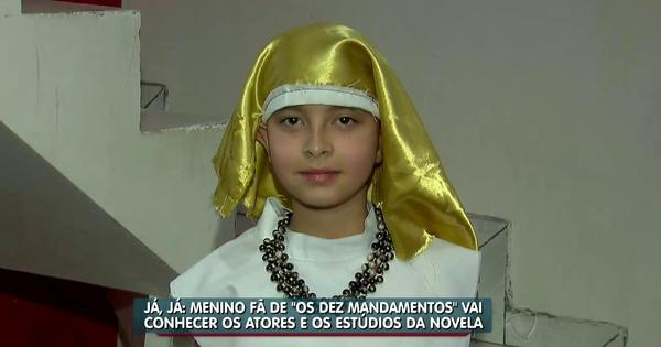 Fã da novela, menino faz roupa de Os Dez Mandamentos sozinho ...