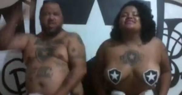 Torcedores do Botafogo ficam pelados para comemorar retorno à ...