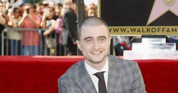 Hogwarts pira! Daniel Radcliffe ganha estrela na Calçada da Fama ...