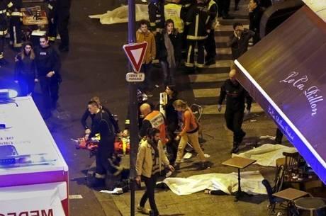 """EI reivindica ataques a Paris: """"É só o começo"""""""