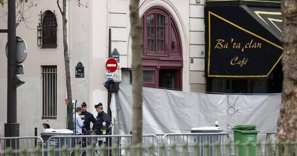 França diz que atentados em Paris deixaram 129 mortos e 352 feridos