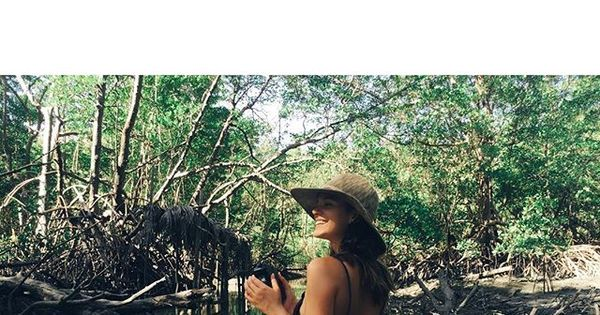 Bruna Marquezine dispensa ostentação em viagem com a família ...