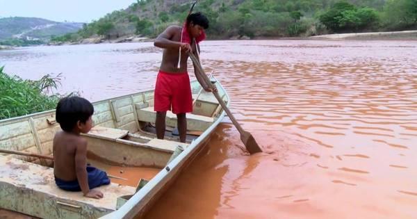 """""""Não podemos pescar, tomar banho...o rio morreu para nós"""", diz ..."""