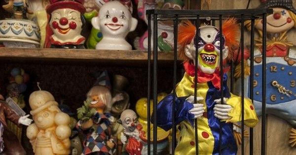 "Palhaços sinistros ""aterrorizam"" hóspedes em hotel - Fotos - R7 ..."