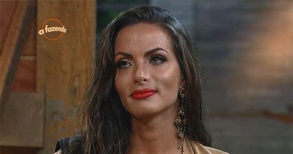 Carla é eliminada de A Fazenda. Relembre a trajetória da peoa ...