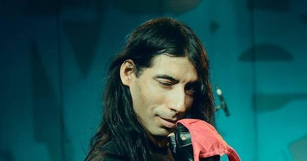 Músico alagoano faz filme pornô para sustentar banda de rock ...