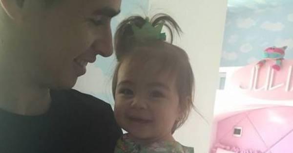 Paizão, Oscar aproveita gol para anunciar chegada do segundo filho