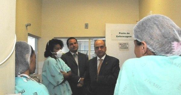Deputados visitam hospital para verificar reclamações de ...