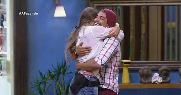 Rayanne se emociona com volta de Douglas e Luka comemora ...