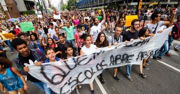 Manifestação de estudantes contra Alckmin termina de forma ...