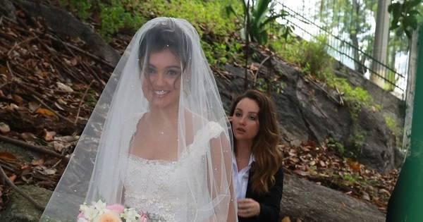 Famosas capricham no look e brilham no casamento de Sophie ...
