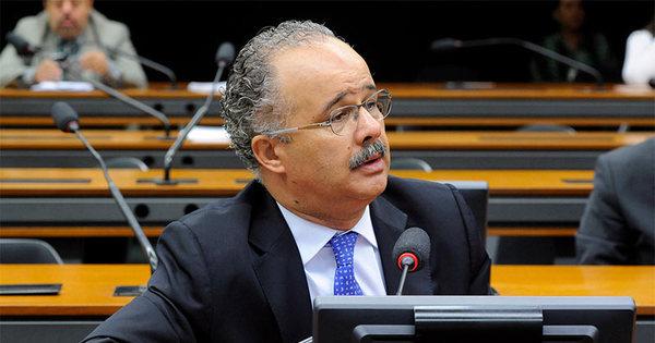 Diretor da CBF livra a Globo na CPI da Máfia do Futebol - Esportes ...