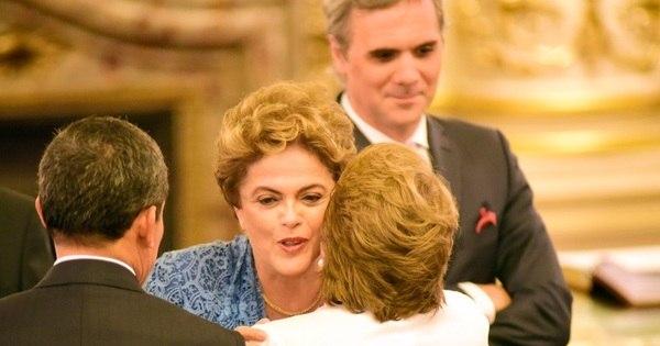 Dilma perde a posse de Macri por causa de fila para pouso no ...