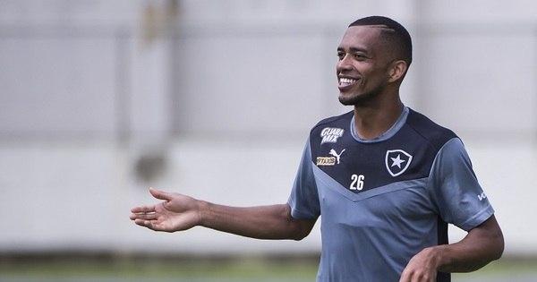 Palmeiras anuncia as contratações do goleiro Vagner e do zagueiro ...
