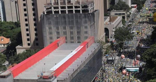 Manifestação pró-impeachment na Paulista reuniu 30 mil pessoas ...