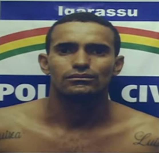 A Polícia Civil prendeu um homem suspeito de estuprar pelo menos 13 crianças e adolescentes na cidade de Igarassú, região metropolitana de Recife (PE). A investigação começou após a denúncia da mãe de uma das vítimas, de apenas sete anos. De acordo com a polícia, meninos e meninas eram violentados e obrigados a ver Fernando Luis da Silva, de 30 anos, abusar de outras vítimas