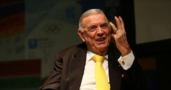 Fifa pede R$ 20 milhões pelos danos causados por dirigentes ...