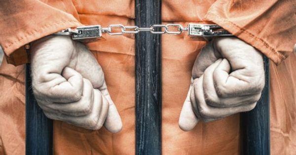 Comissão do Senado aprova fim da prisão disciplinar para policiais ...