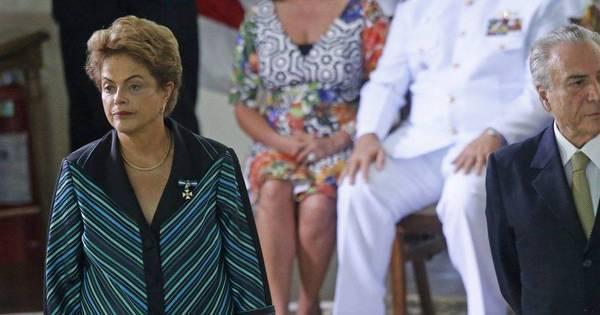 Dilma e Temer discutem economia e retomada do Conselhão ...