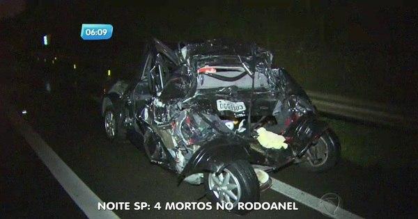 Quatro pessoas da mesma família morrem em acidente de carro ...
