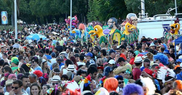 Festas dos blocos de Carnaval do DF começaM no próximo dia 15 ...