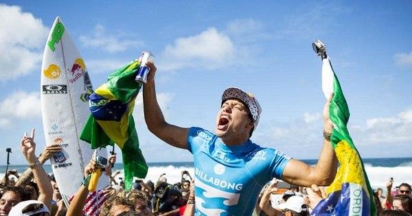 Tempestade Brasileira consolida surfe como segundo esporte do País