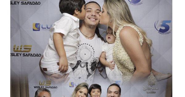 Wesley Safadão recebe surpresa emocionante da família; descubra ...
