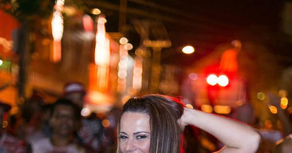 Viviane Araújo exibe coxas saradas em ensaio - Fotos - R7 ...