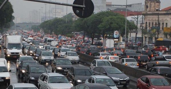 Rodízio de veículos está suspenso nesta sexta-feira - Notícias - R7 ...