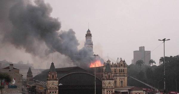 Museu da Língua Portuguesa pega fogo em São Paulo; veja imagens