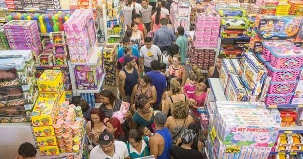 Vendas no comércio cresceram 0,5% em abril, segundo o IBGE ...