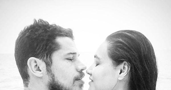 José Loreto posa em clima de romance com Débora Nascimento ...