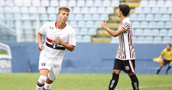 São Paulo goleia e Palmeiras tropeça na estreia da Copinha ...