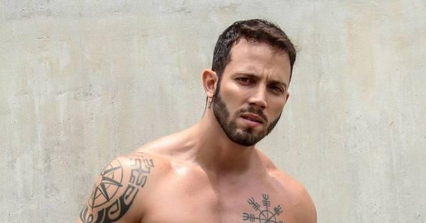 Você se lembra dele? João Almeida, o ex-BBB tarólogo, exibe ...