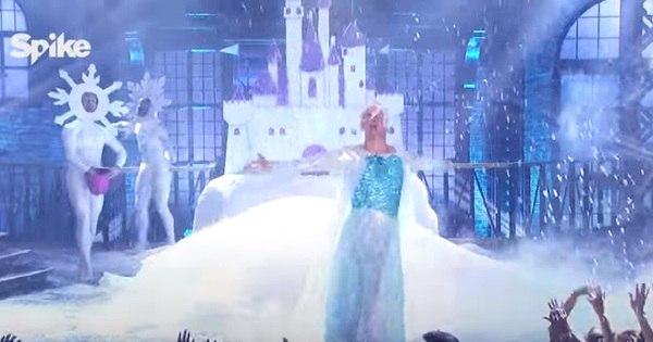 Channing Tatum se transforma em Elsa e dubla Let It Go; veja ...