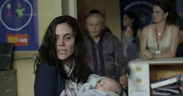 Mãe esquizofrênica inventa babá imaginária e quase mata o filho ...