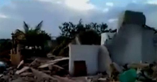 Fortes chuvas causam destruição no município de Cipó (BA); veja ...