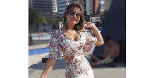 De férias pelo Ceará, Geisy Arruda impressiona com cinturinha em ...